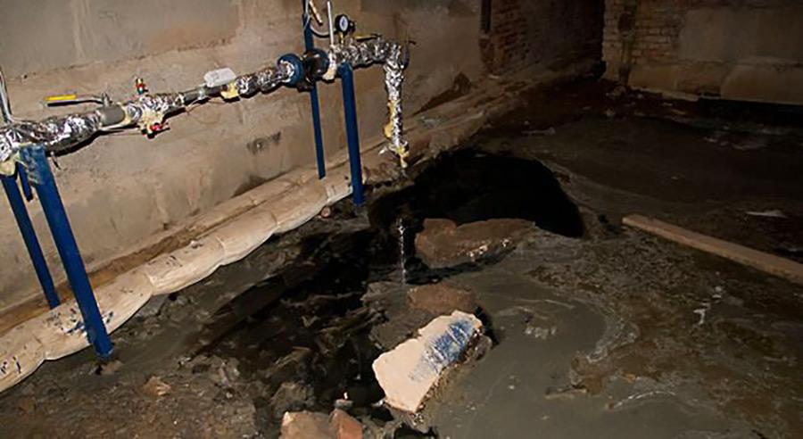 как избавиться от запаха в подвале канализации