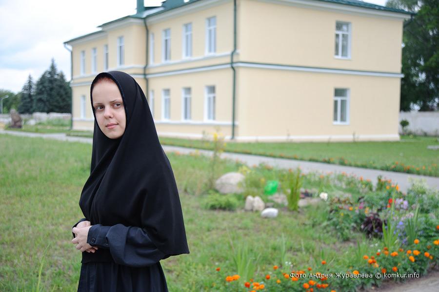 Женский монастырь эротика онлайн42