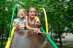 «Коммерческий» на связи: где играть детям?
