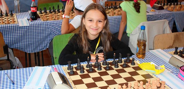 10-летняя бобруйчанка привезла два диплома с первенства Беларуси по шахматам