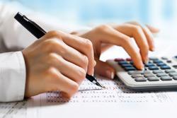 На предприятиях Бобруйска осталось выплатить 36,7 процентов от общей суммы августовской зарплаты