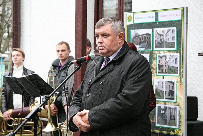 Бобруйчан и жителей района выслушают министр лесного хозяйства и министр обороны