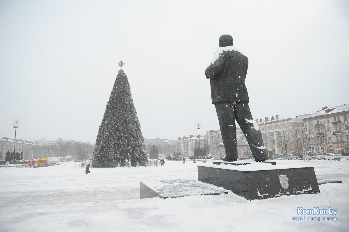 7 января городской праздник на центральной площади города отменен!