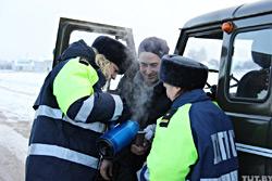Инспекторы ДПС ГАИ Бобруйска и волонтеры Красного Креста  угостят водителей чаем…