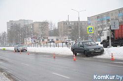 В Бобруйске на пешеходном переходе сбили женщину с ребенком