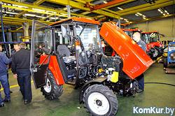 Бобруйский завод тракторных деталей и агрегатов поставил первую партию тракторов в Бангладеш