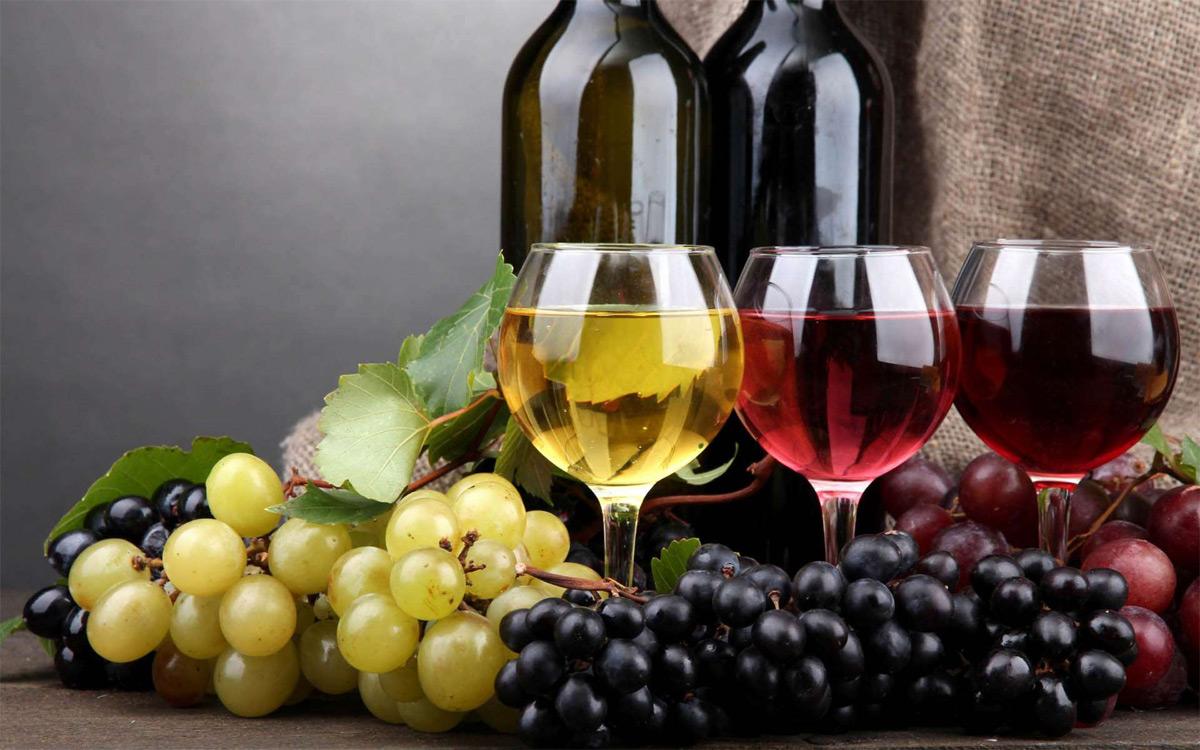 «Коммерческий» на связи: Что можно выпить впост?