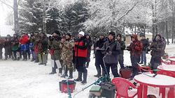 Лучших любителей зимней рыбалки определили состязания «Рождественский кубок Замковой горы», которые проводились 23 декабря в Горецком районе.