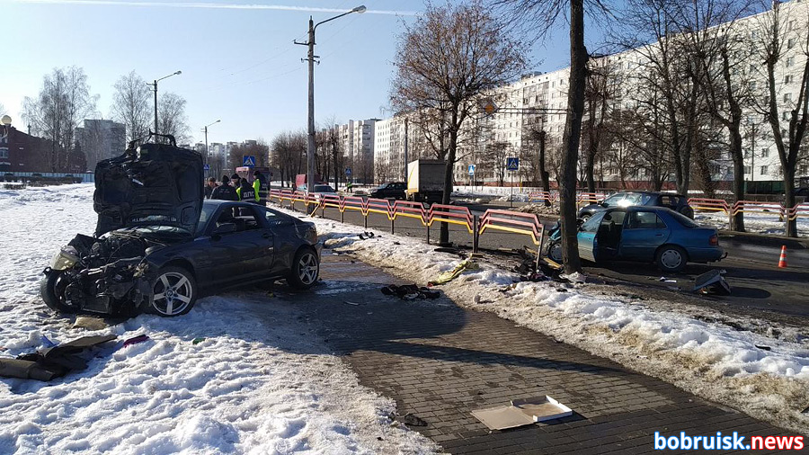 Жуткое лобовое столкновение в Бобруйске