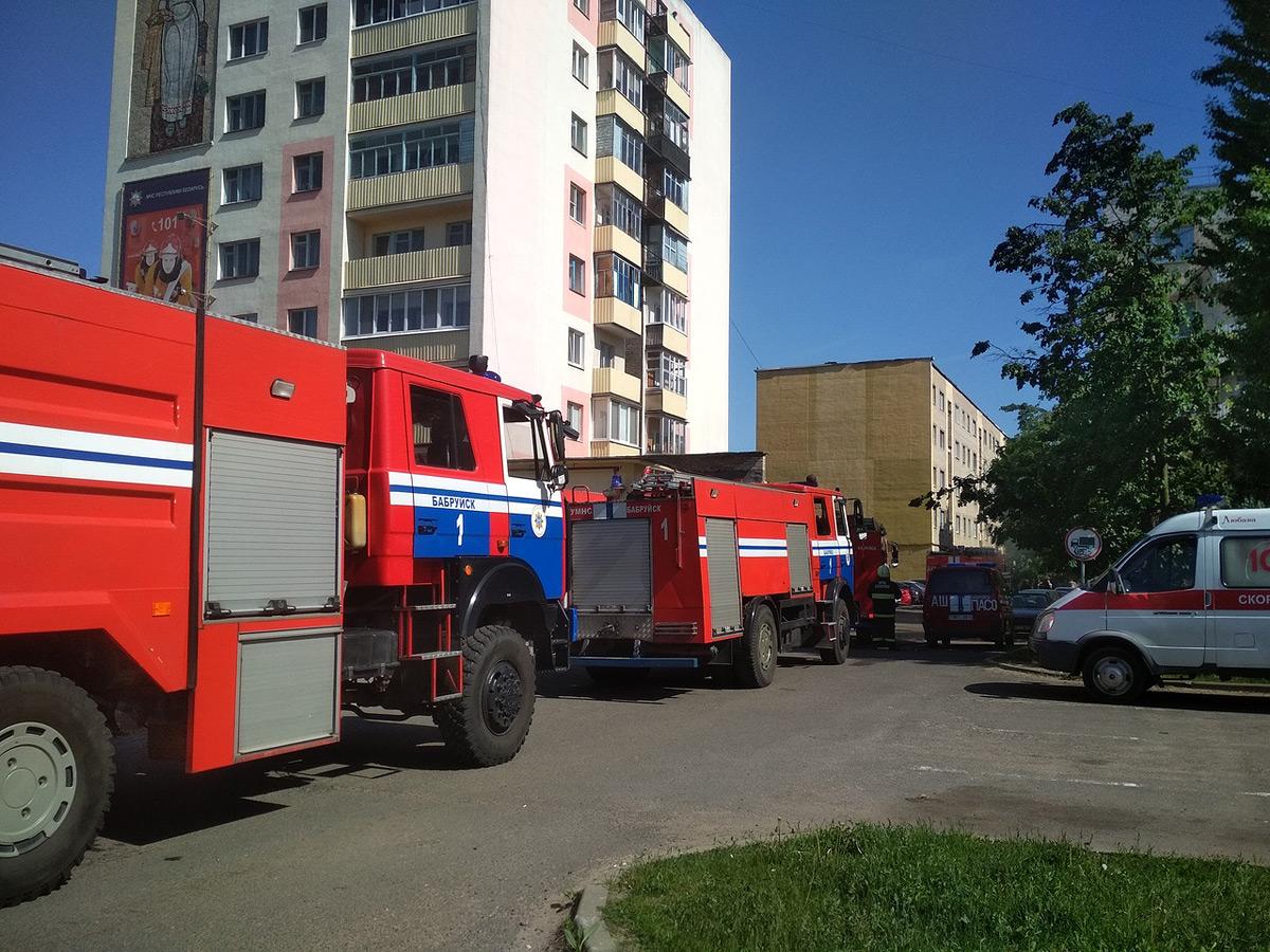 Пожар в пустой квартире на улице Крылова