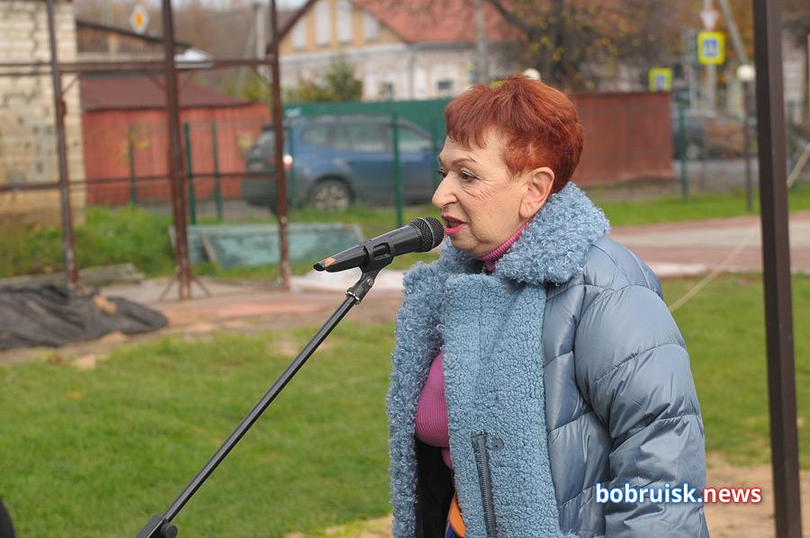 В «Еврейском дворике» в Бобруйске прошла презентация памятного знака