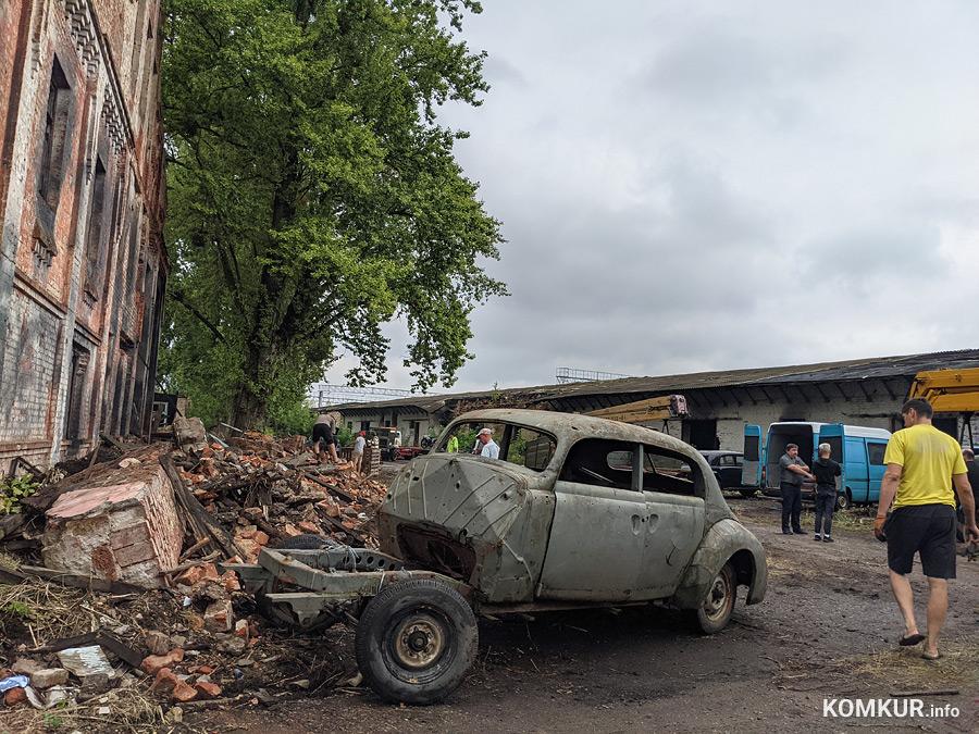 Развалины в роли развалин и бобруйчане на съемочной площадке сериала о саперах