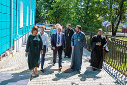 С рабочим визитом Бобруйск посетил уполномоченный по делам религий и национальностей Александр Румак, он встретился с представителями власти и духовенства.