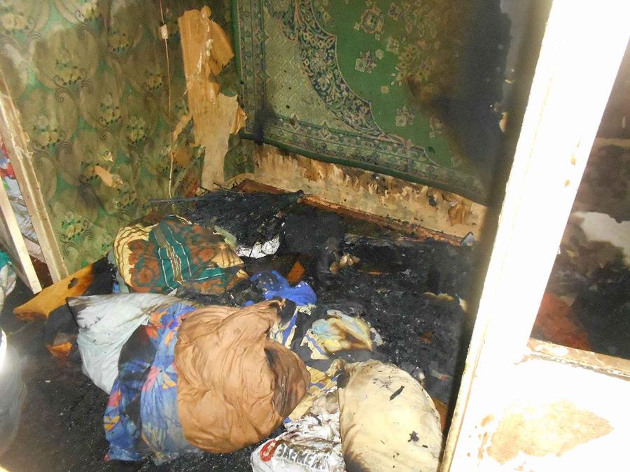В центре Бобруйска горела квартира. Внутри находился человек